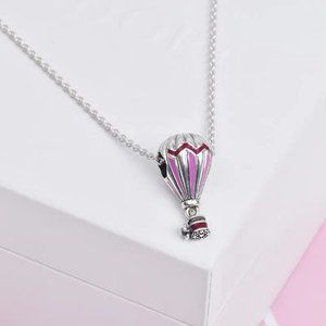 🎆NWT Red Hot Air Balloon Travel Chain Necklace